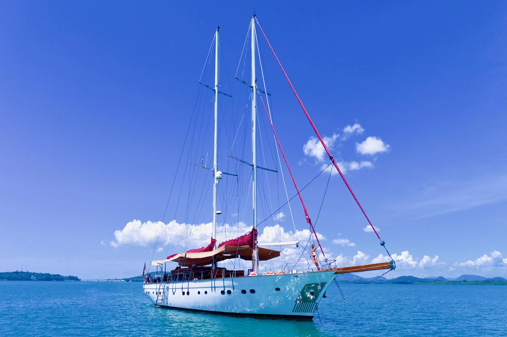 ORIENT PEARL - Luxury Sailing Yacht for Charter | C&N