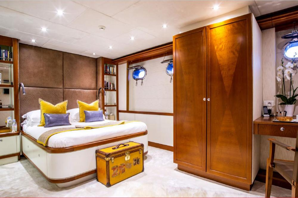ZULU - Luxury Motor Yacht For Charter - Double Cabin - Img 1 | C&N