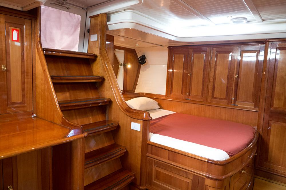 APHRODITE - Luxury Sailing Yacht For Charter - 1 MASTER CABIN | 2 TWIN CABINS - Img 1 | C&N
