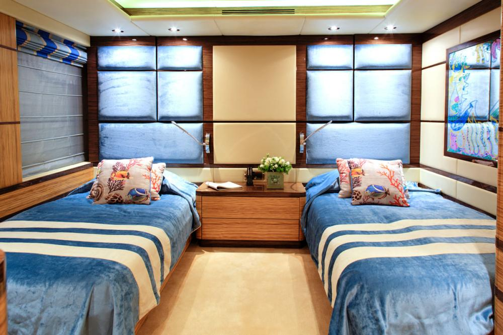 I SEA - Luxury Motor Yacht For Charter - 2 TWIN CABINS - Img 1 | C&N