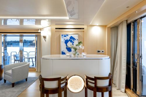 ARADOS - Luxury Motor Yacht For Charter - Interior Design - Img 4 | C&N