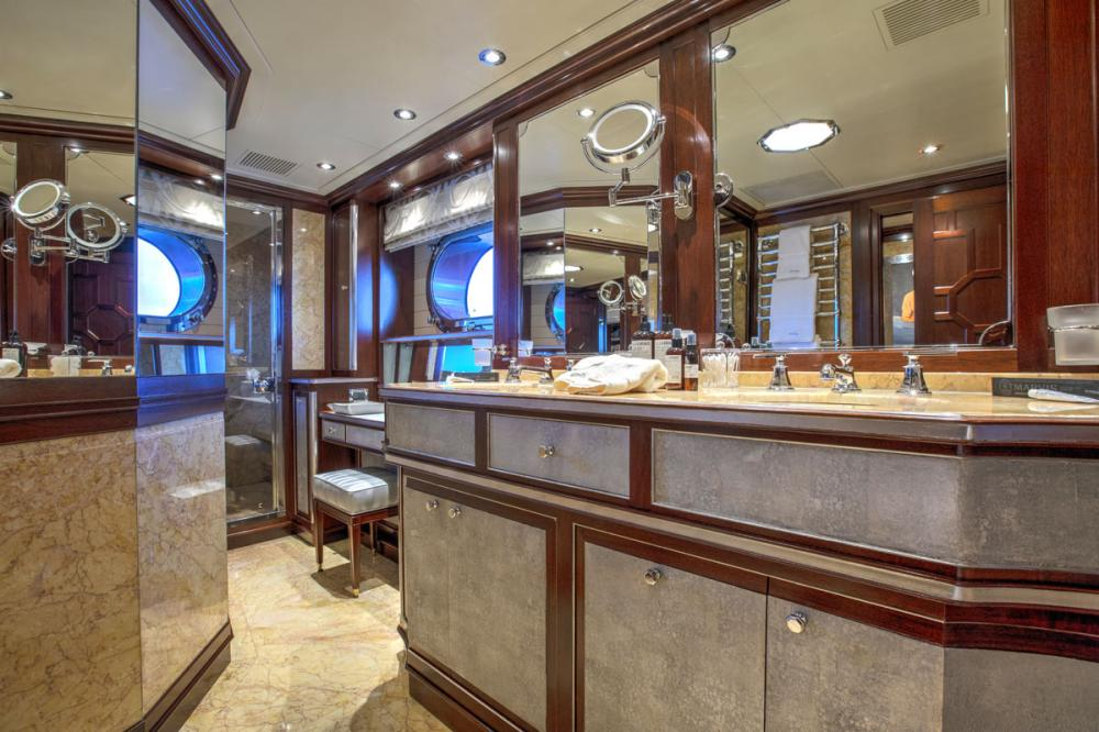 BLUSH - Luxury Sailing Yacht For Charter - 1 MASTER CABIN - Img 2 | C&N