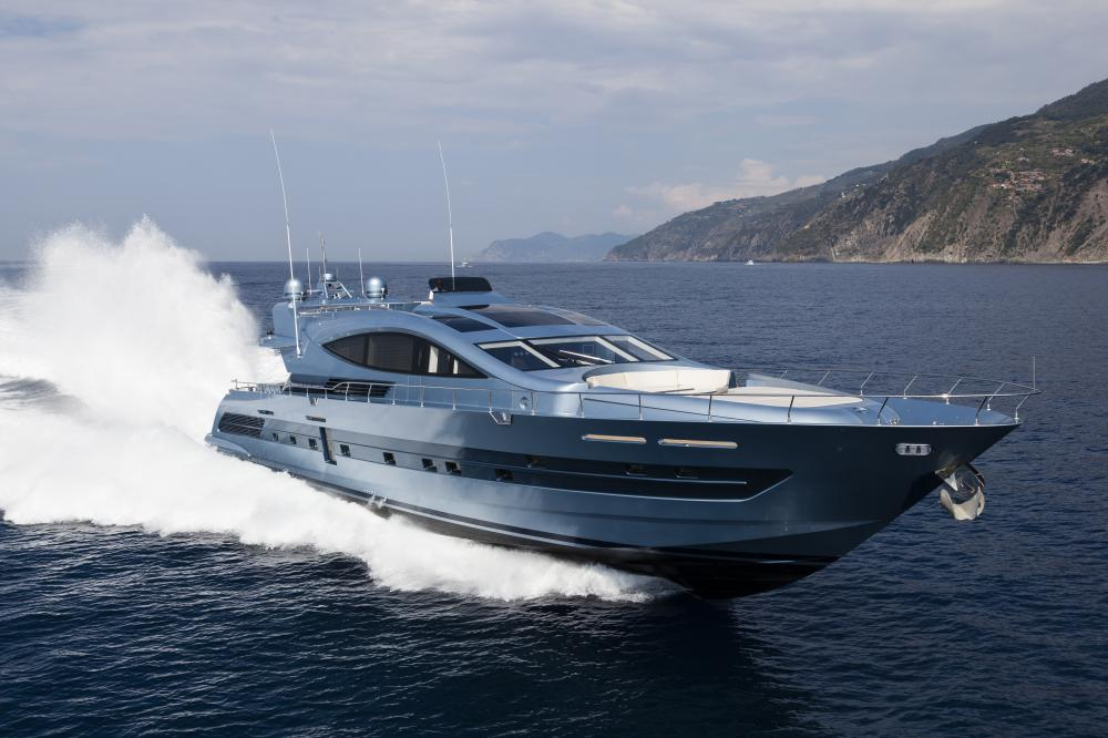 CCN 102 - Luxury Motor Yacht for Sale | C&N