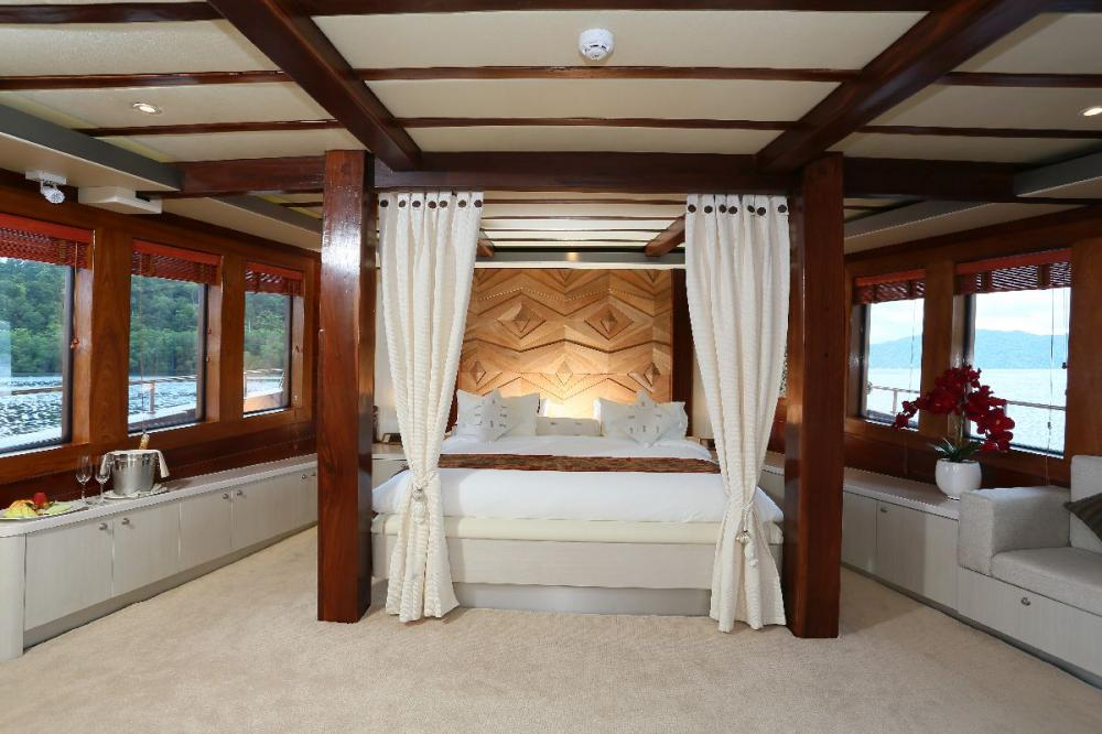 LAMIMA - Luxury Sailing Yacht For Charter - 1 MASTER CABIN - Img 1 | C&N
