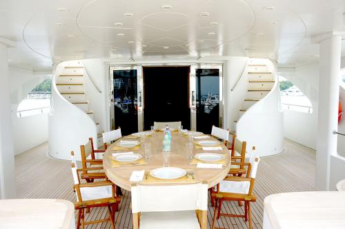 HAPPY LIFE - Luxury Motor Yacht For Sale - Exterior Design - Img 1 | C&N