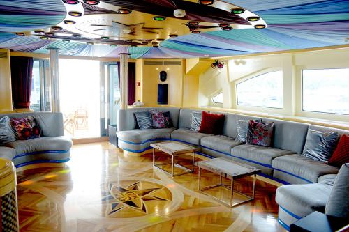 HAPPY LIFE - Luxury Motor Yacht For Sale - Interior Design - Img 1 | C&N