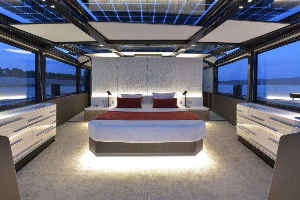 ARIA.S - Luxury Motor Yacht For Sale - Owner Cabin - Img 2 | C&N