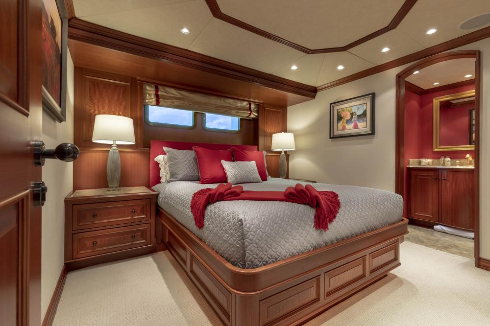 PURE BLISS - Luxury Motor Yacht For Charter - 3 Double Guest Staterooms - Img 1 | C&N