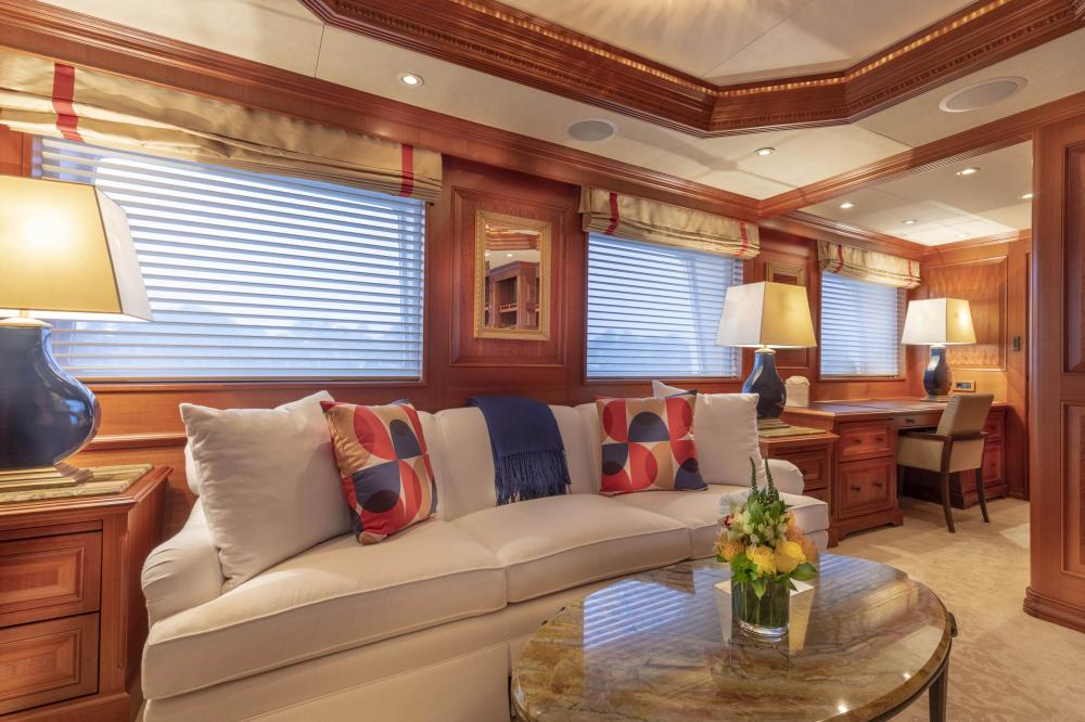 PURE BLISS - Luxury Motor Yacht For Charter - Owner's Stateroom - Img 2 | C&N