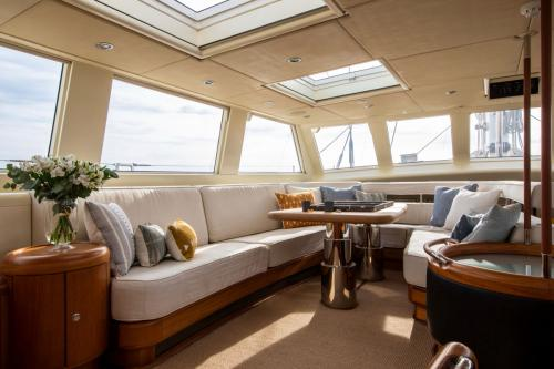 SURAMA - Luxury Sailing Yacht For Sale - Interior Design - Img 3 | C&N