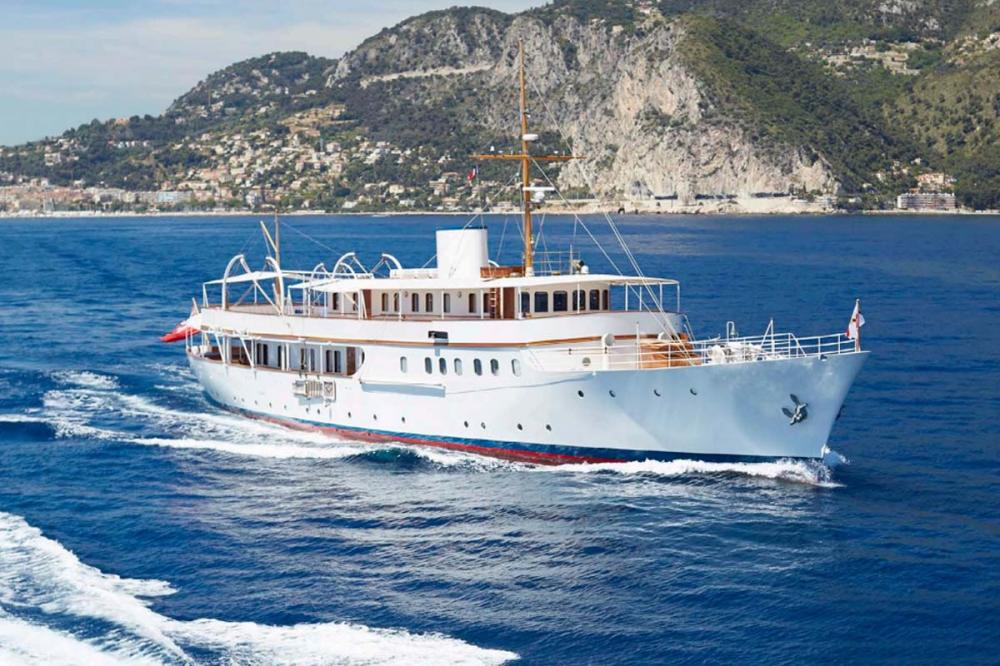 MALAHNE - Luxury Motor Yacht for Charter | C&N