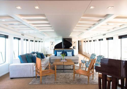 MENORCA - Luxury Motor Yacht For Charter - Interior Design - Img 1 | C&N