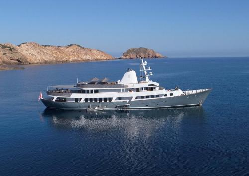 MENORCA - Luxury Motor Yacht For Charter - Exterior Design - Img 2 | C&N