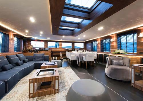 ROX STAR - Luxury Sailing Yacht For Charter - Interior Design - Img 2 | C&N