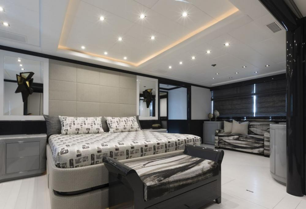 VENI VIDI VICI - Luxury Motor Yacht For Charter - Master cabin: King size bed + comfortable sofa, a large TV and a personal refrigerator, vanity, walk-in closet, plenty of storage - Img 1 | C&N