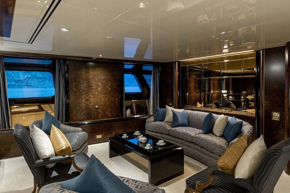LADY MOURA - Luxury Motor Yacht For Sale - Royal Suite - Img 3 | C&N