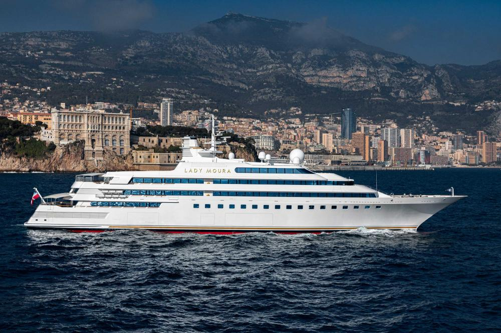 The original superyacht: Lady moura - Lifestyle | C&N