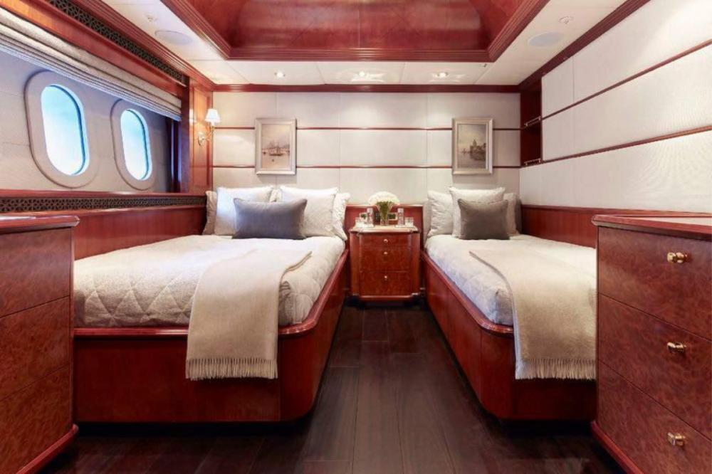 MIA ELISE II - Luxury Motor Yacht For Charter - 1 Twin Cabin - Img 1 | C&N