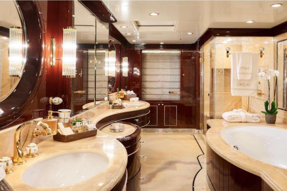 REVE D'OR - Luxury Motor Yacht For Charter - Master Cabin - Img 4 | C&N