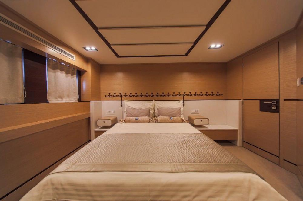 AIAXAIA - Luxury Sailing Yacht For Charter - Vip cabin - Img 1 | C&N