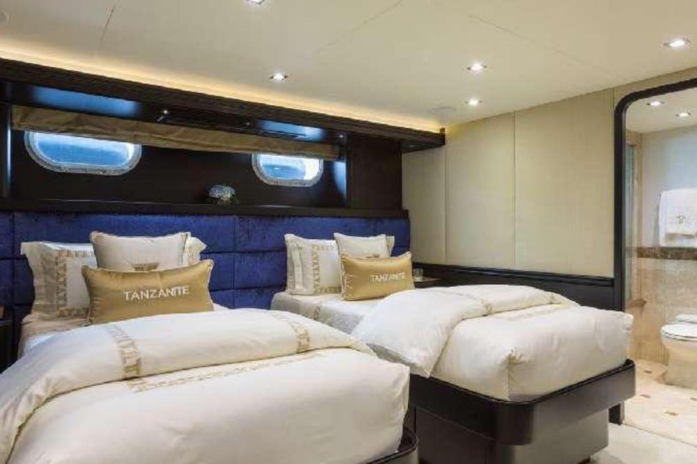 TANZANITE - Luxury Motor Yacht For Charter - Twin Cabins - Img 2 | C&N
