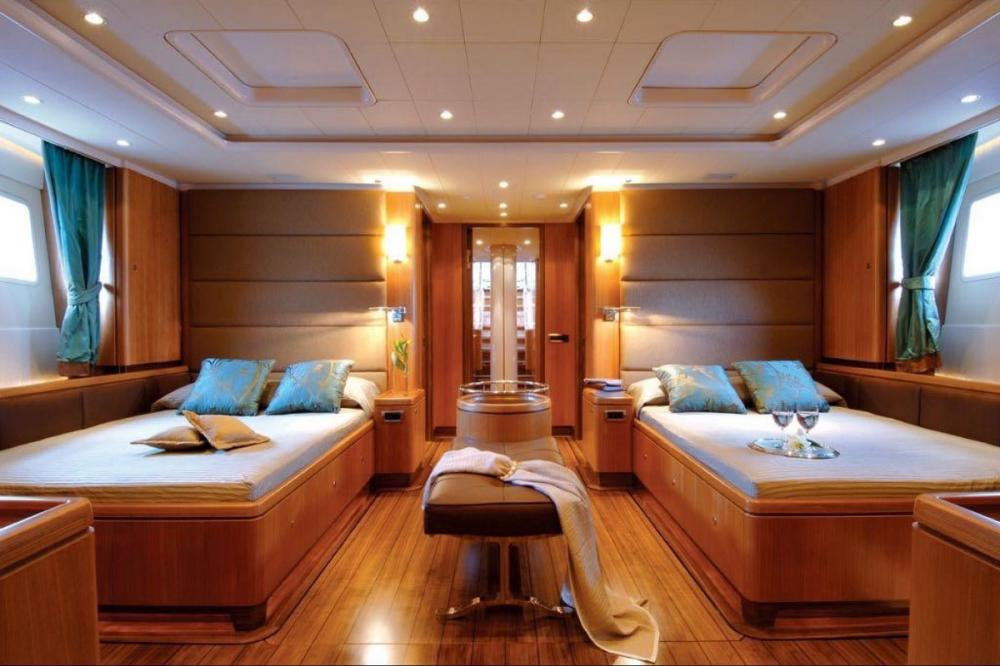 ARISTARCHOS - Luxury Sailing Yacht For Charter - Master suite with 2 king double beds - Img 1 | C&N