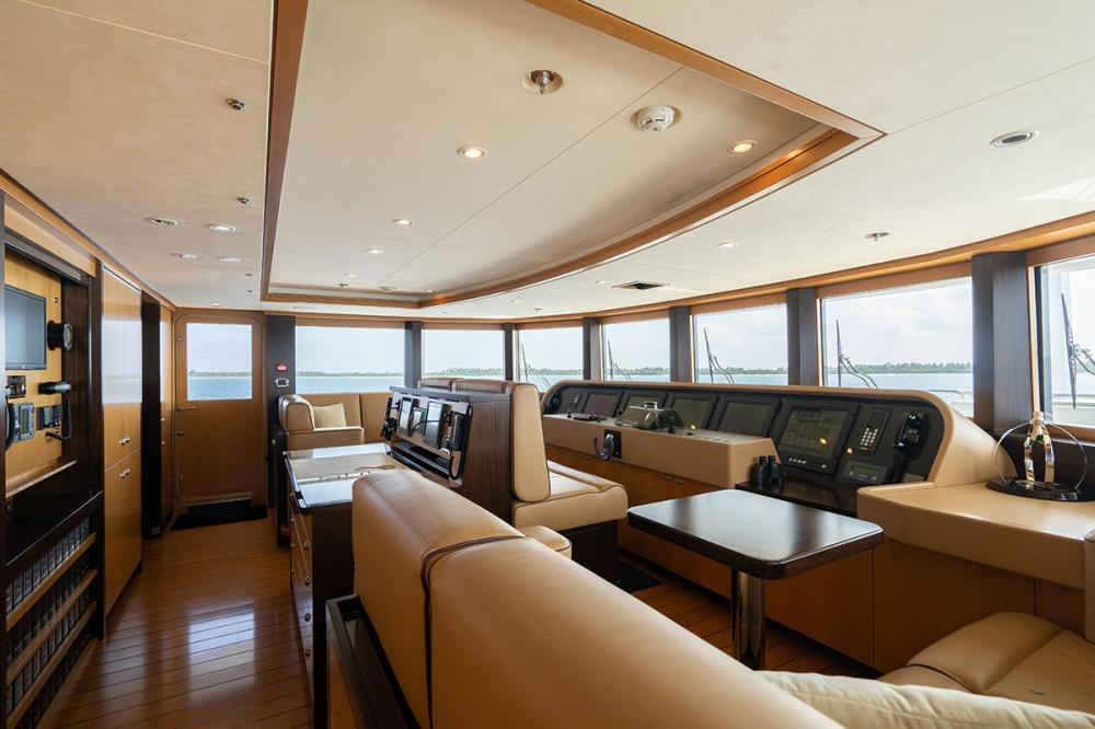 SERENITY J - Luxury Motor Yacht For Charter - Pilothouse - Img 1 | C&N