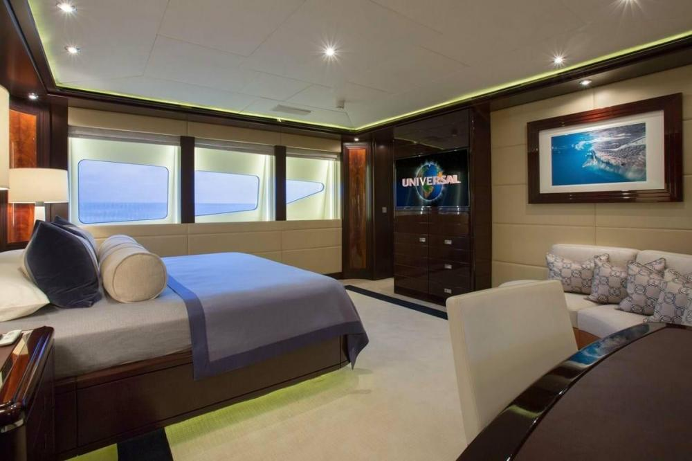 DREAM - Luxury Motor Yacht For Charter - VIP Cabin - Img 1 | C&N