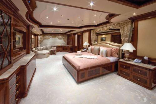 TITANIA - Luxury Motor Yacht For Charter - Interior Design - Img 5 | C&N