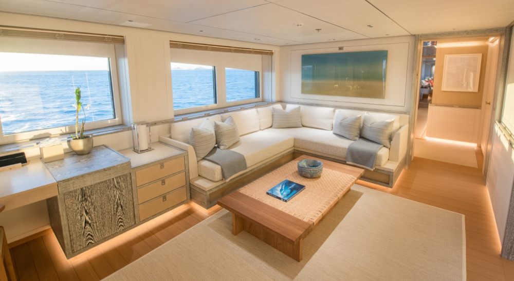 Driftwood - Luxury Motor Yacht For Charter - 1 MASTER CABIN - Img 7 | C&N