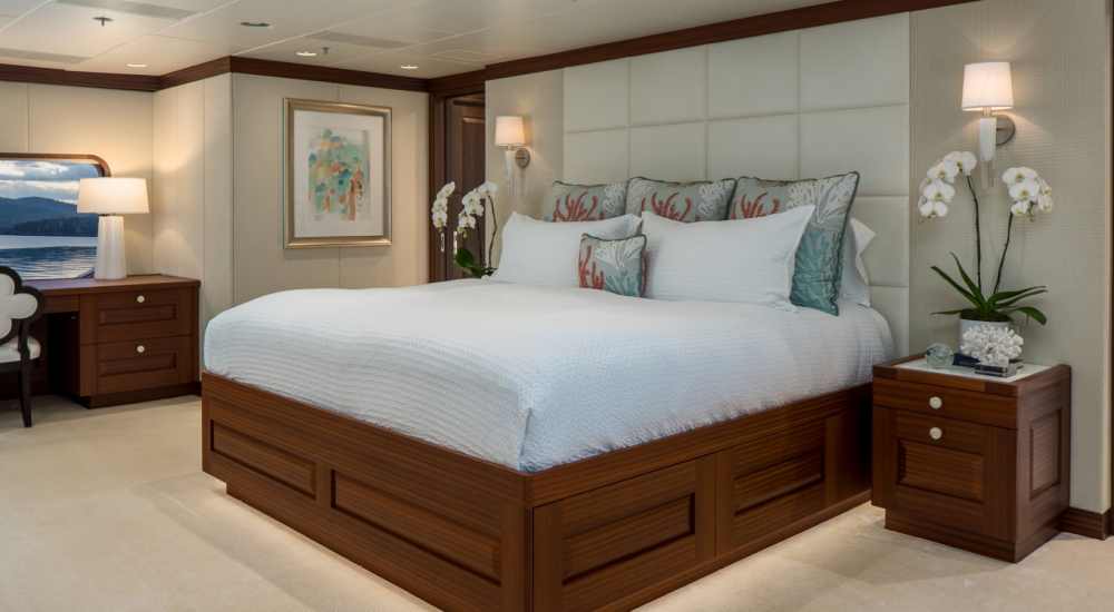 Endless Summer - Luxury Motor Yacht For Charter - 1 MASTER CABIN - Img 1 | C&N