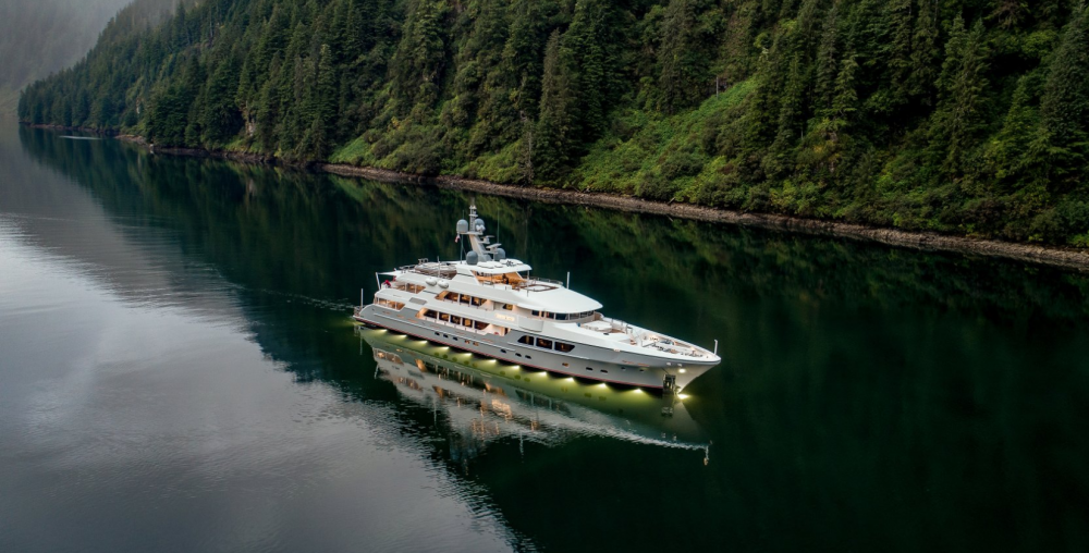Endless Summer - Luxury Motor Yacht for Charter | C&N