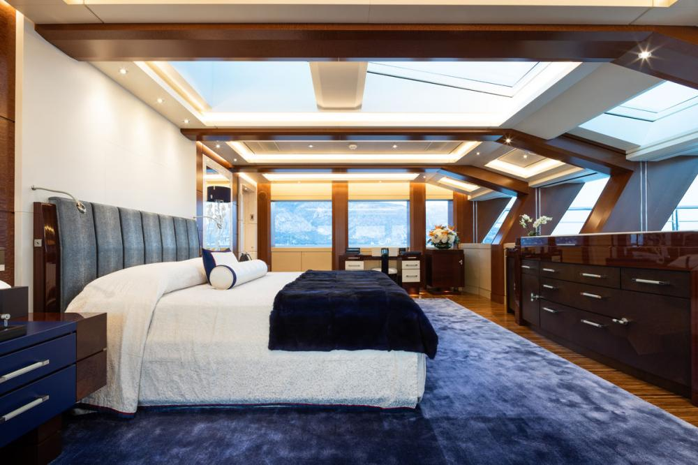 TRANQUILITY - Luxury Motor Yacht For Sale - 1 MASTER CABIN - Img 1 | C&N