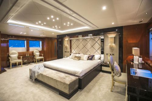 RHINE - Luxury Motor Yacht For Sale - Interior Design - Img 5 | C&N