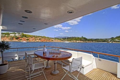 Karma - Luxury Motor Yacht For Sale - Exterior Design - Img 2 | C&N
