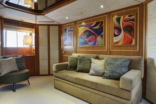 Karma - Luxury Motor Yacht For Sale - Interior Design - Img 2 | C&N