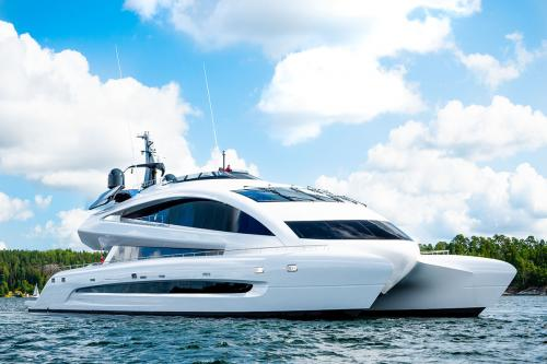 ROYAL FALCON ONE - Luxury Motor Yacht for Sale | C&N