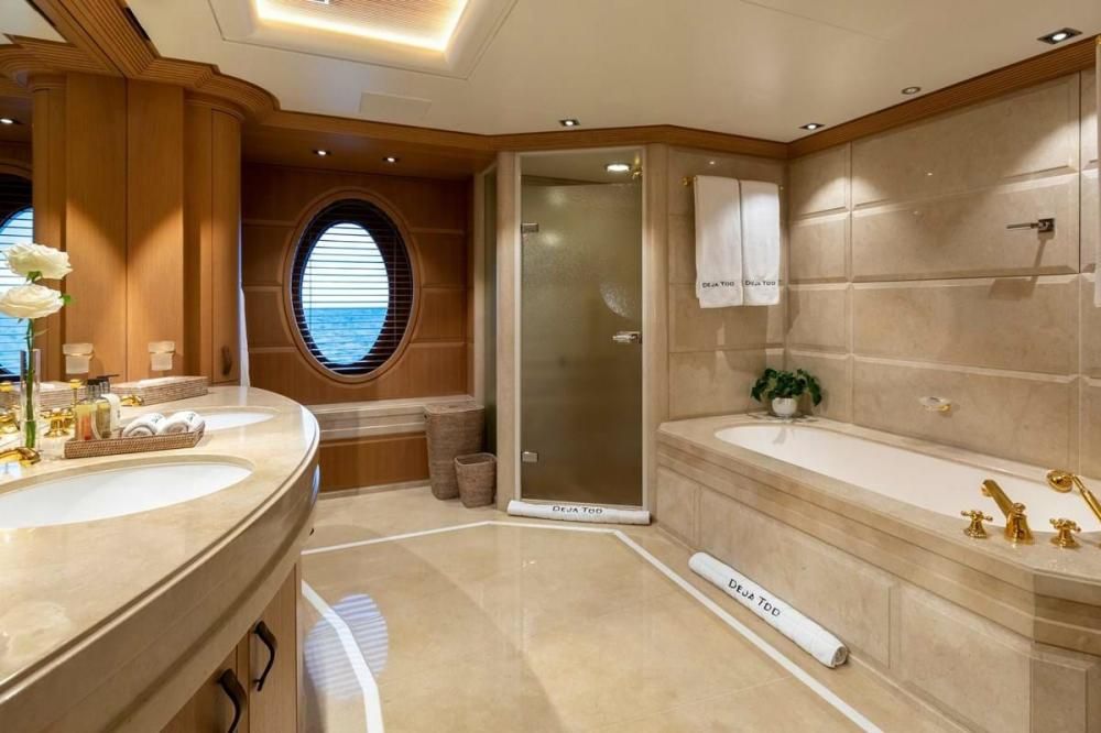 DEJA TOO - Luxury Motor Yacht For Charter - Single Cabin with pullman - Img 2 | C&N