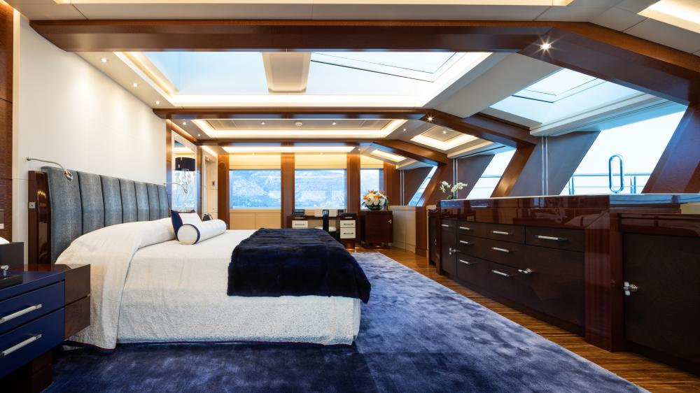 TRANQUILITY - Luxury Motor Yacht For Charter - 1 MASTER CABIN - Img 1 | C&N