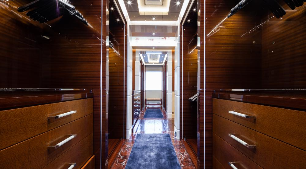 TRANQUILITY - Luxury Motor Yacht For Charter - 1 MASTER CABIN - Img 4 | C&N