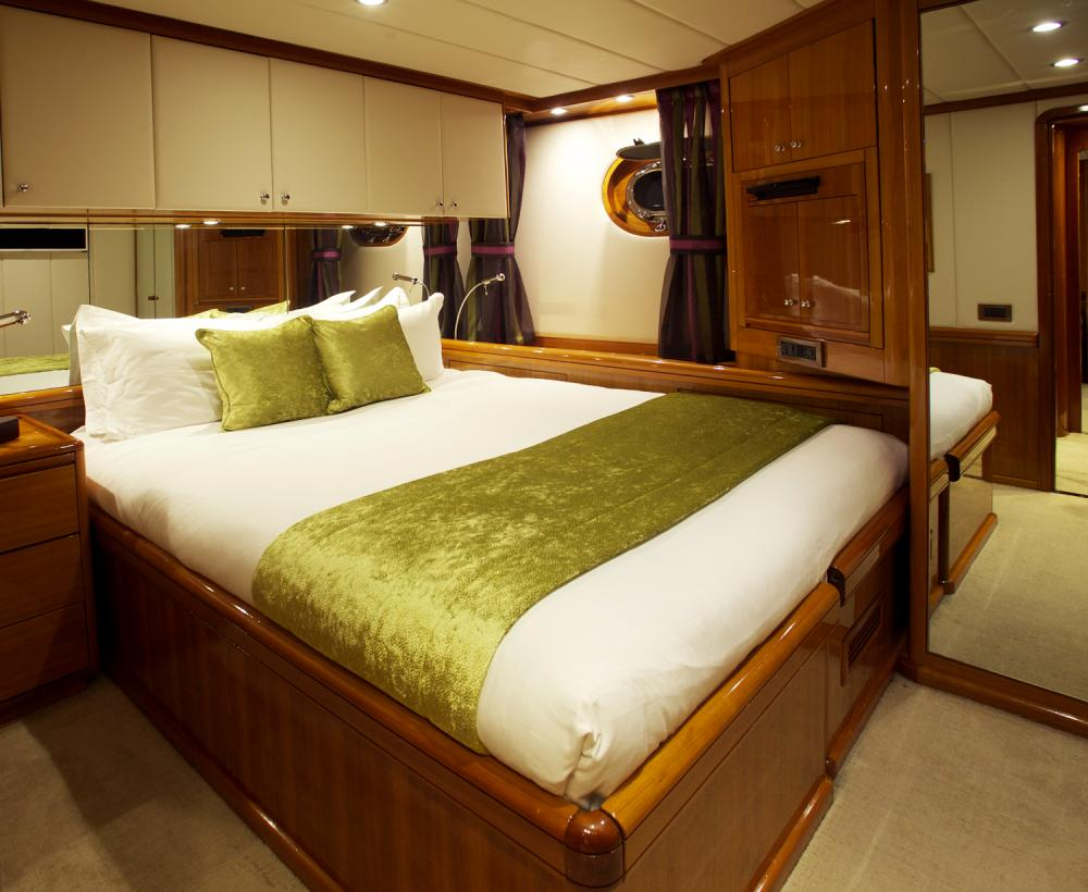 REE - Luxury Sailing Yacht For Sale - Double Cabins - Img 2 | C&N