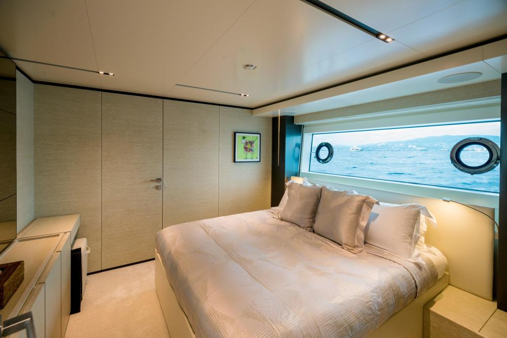 DECEMBER SIX - Luxury Motor Yacht For Sale - Double Cabin - Img 1 | C&N