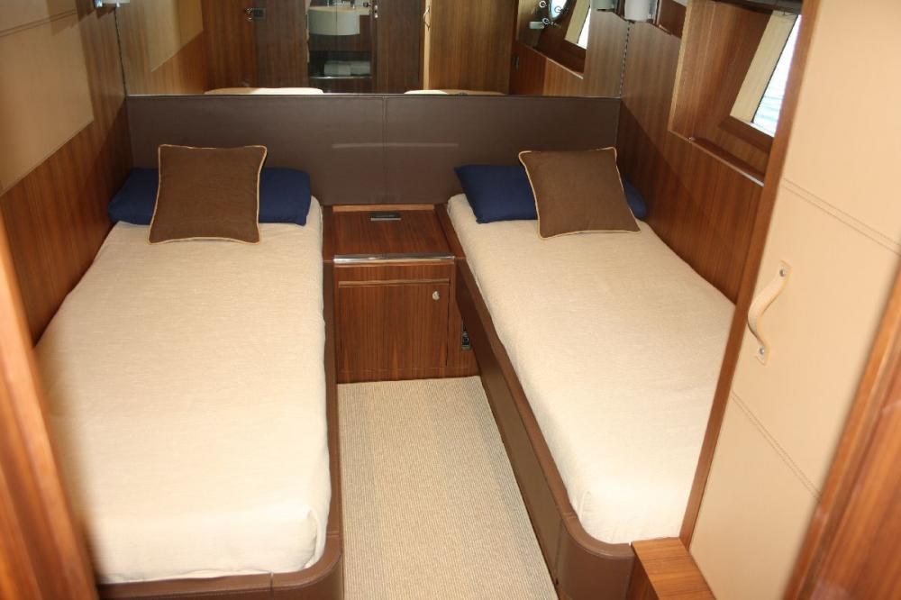 TAURUS - Luxury Motor Yacht For Sale - 2 TWIN CABIN - Img 1 | C&N