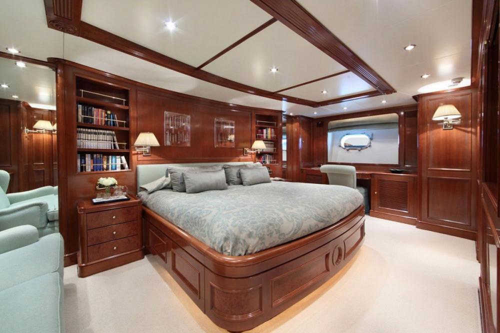 BRUNELLO - Luxury Motor Yacht For Charter - 1 MASTER CABIN - Img 1 | C&N