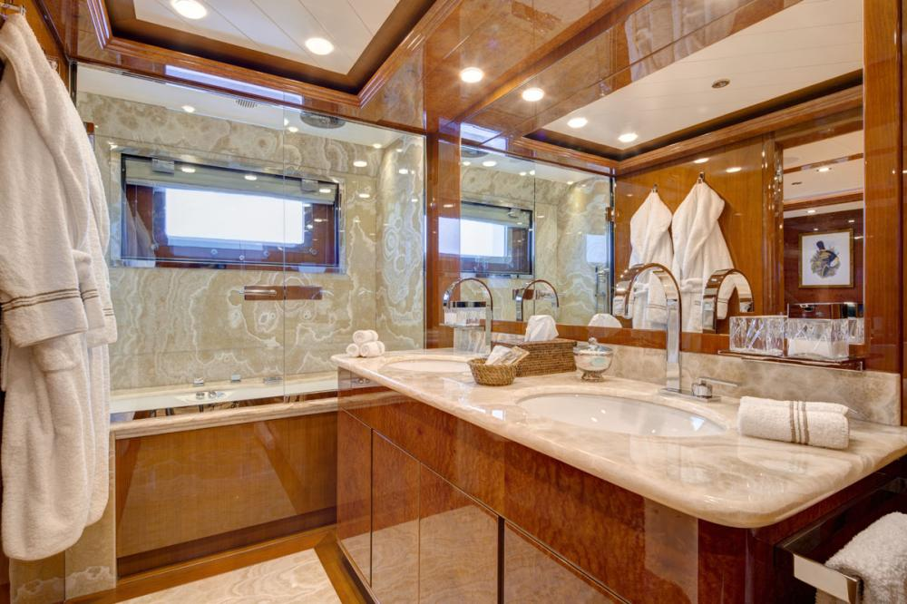 BARON TRENCK - Luxury Motor Yacht For Charter - 1 MASTER CABIN - Img 4 | C&N