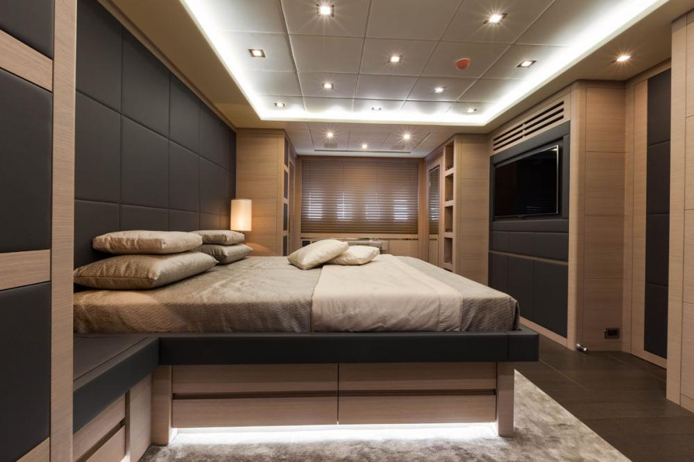 VEYRON - Luxury Motor Yacht For Charter - 1 MASTER CABIN - Img 1 | C&N