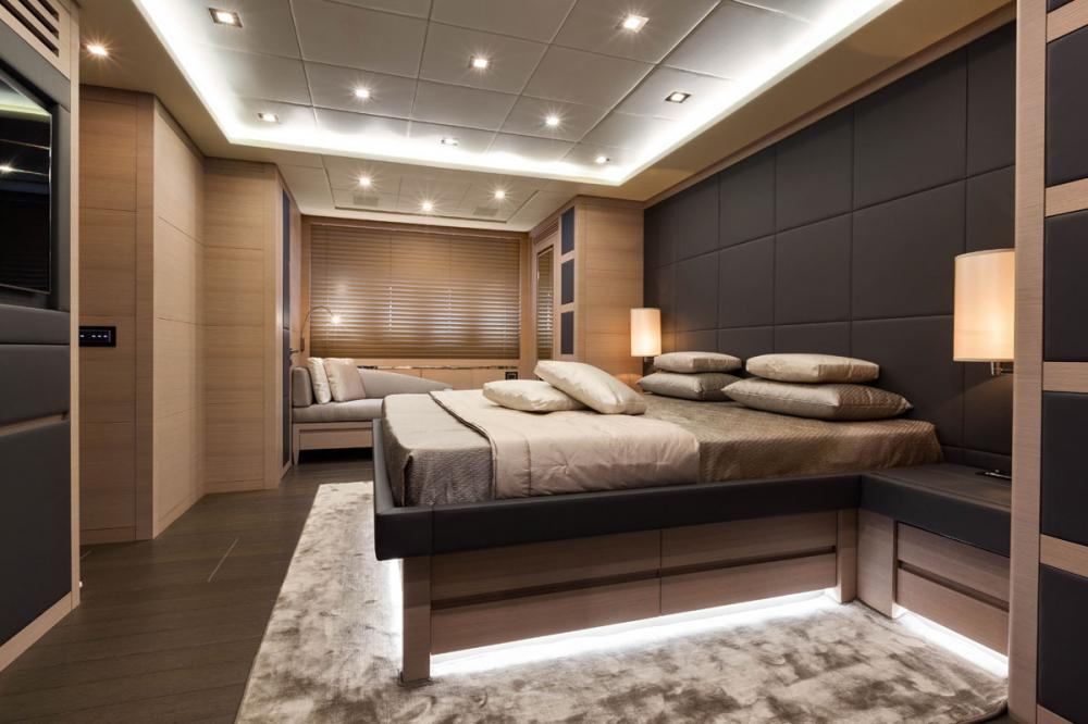 VEYRON - Luxury Motor Yacht For Charter - 1 MASTER CABIN - Img 2 | C&N