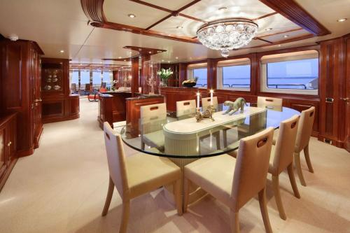 BRUNELLO - Luxury Motor Yacht For Charter - Interior Design - Img 4 | C&N