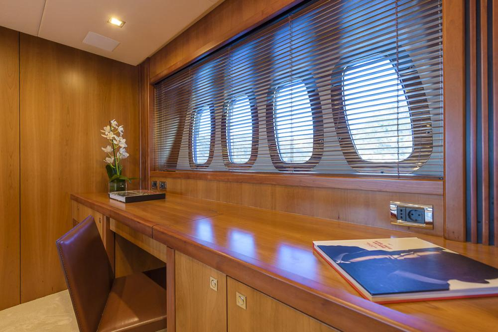 CASINO ROYALE - Luxury Motor Yacht For Charter - 1 MASTER CABIN - Img 3 | C&N