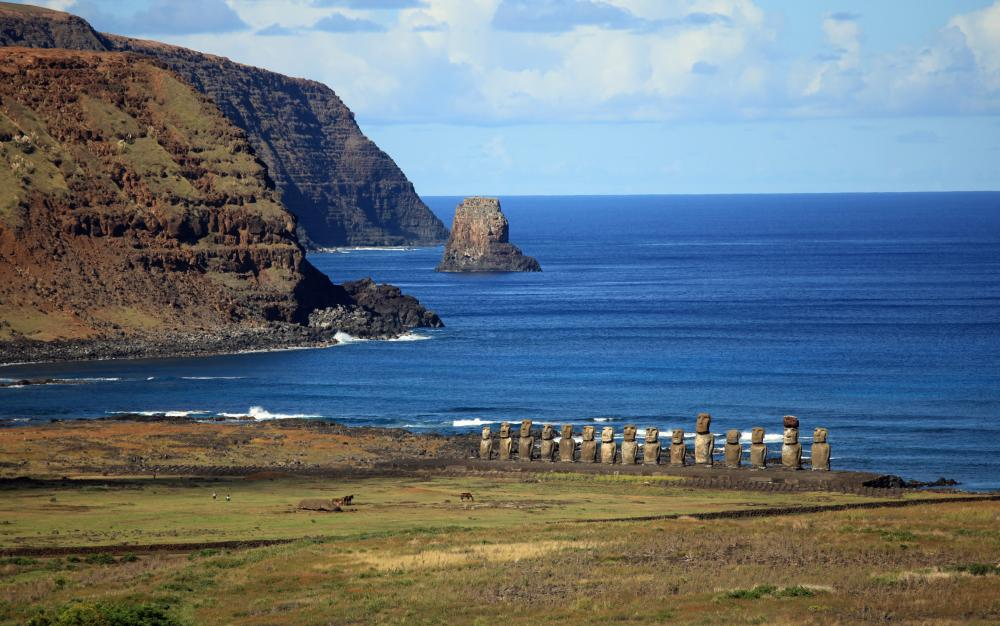 Easter Islands - Luxury Yacht Charter Destination in South America | C&N